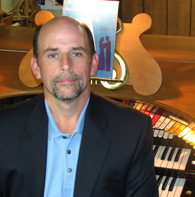 Taylor Trimby in Concert at Allen Organs of Chicago