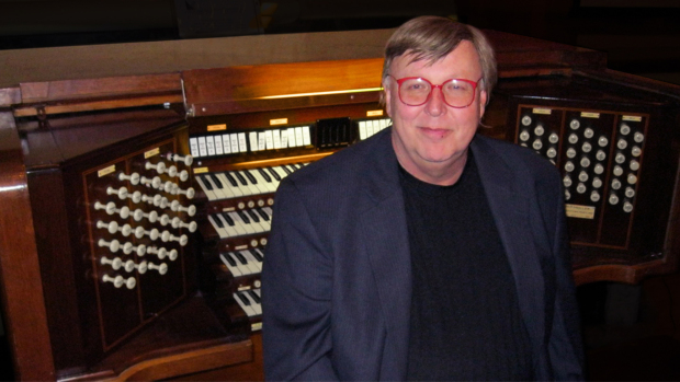 Allen Organs Chicago hosted Jay Warren in concert on January 20, 2019 in their Bolingbrook, IL showroom.