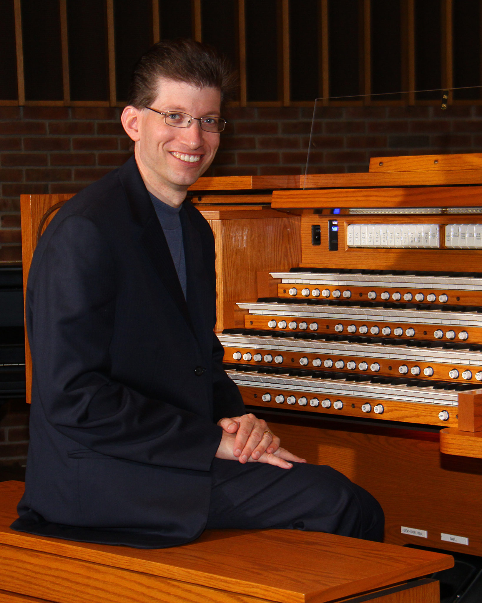 Allen Organs of Chicago Hosts Free Hymn Playing and Registration Workshop with Aram Basmadjian 8/21/18.